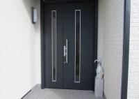 京田辺市 居宅 玄関ドアシート貼