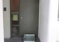 奈良市 マンション 玄関ドアシート貼